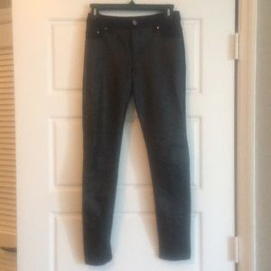 Two-sided faux leather skinny pants